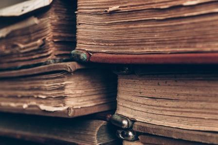 ಪ್ರಾಚೀನ ಸಾಹಿತ್ಯದ ಪ್ರಸ್ತುತತೆಯ ಪ್ರಶ್ನೆ